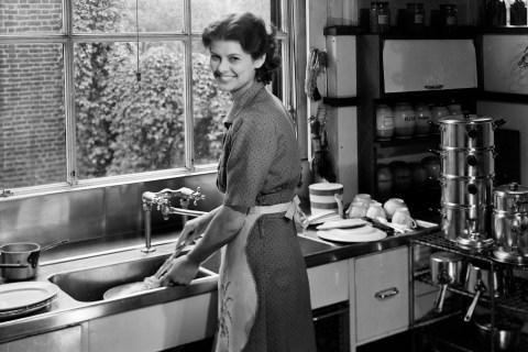 Mother, Kitchen Duties