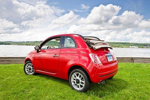 The 2012 Fiat Cabrio convertible