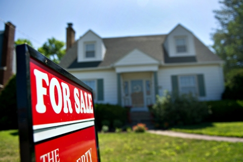 Pending Sales Of U.S. Existing Homes Decline By Most In A Year