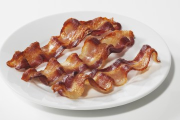 A picture of bacon on a plate