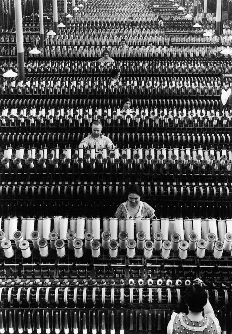 Workers at the American Woolen Company in Lawrence, Mass., in 1935.