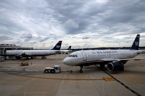 Feds Ground US Airways-American merger
