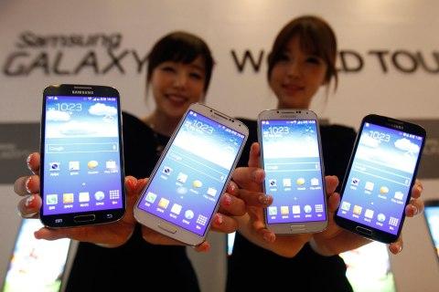 Samsung S4 smartphones